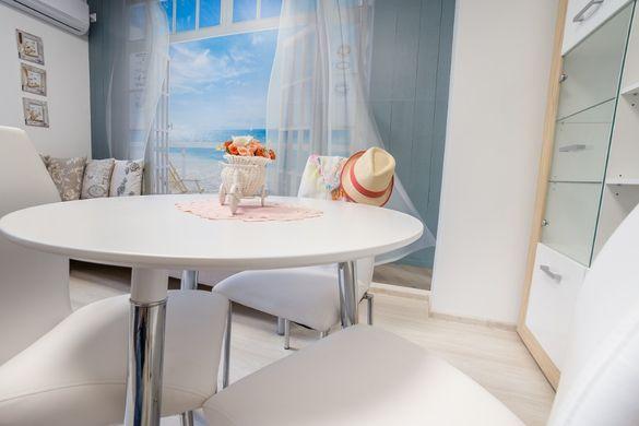 Лукс апартамент в центъра на Варна за 4+1