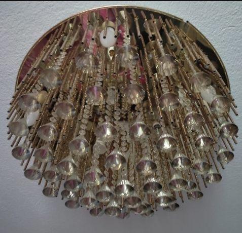 Люстра  диаметр 60 см красивая хрустальная