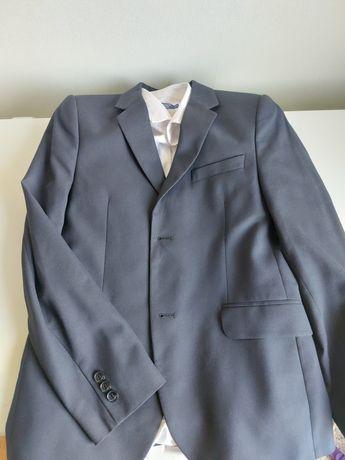 Школьный пиджак с рубашкой