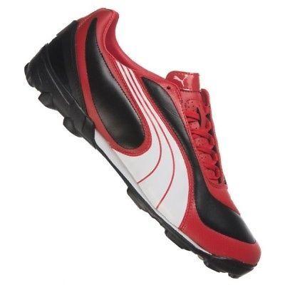 Обувки PUMA за спорт и футбол.