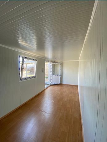 Vand container stil modular sau standard birou