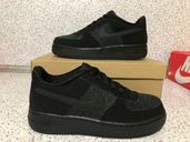 НОВО *** Nike Air Force 1 Lv8 Gs Black Suede & Metallic