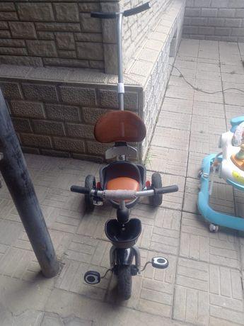 Велосипед,ходунок