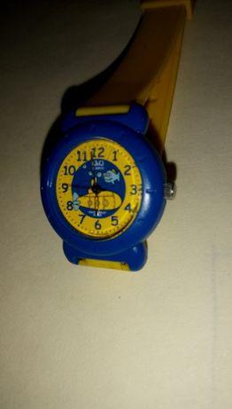 Детски часовник Q&Q - водоустойчив.