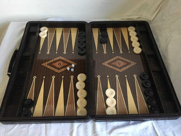 Joc Table (joc de Table) LUX – în servietă piele. SIGILAT!
