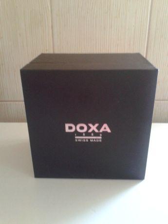 Cutie de ceas Doxa din piele