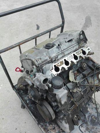 Двигател мерцедес Ц180 w202