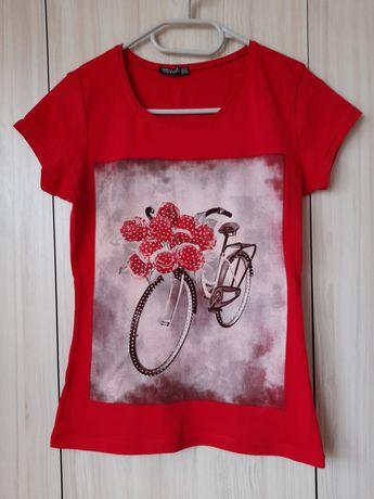 Дамска тениска -размер М
