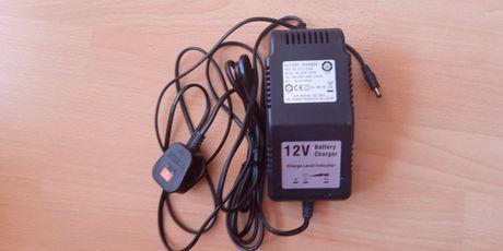 Эарядно эа батерии и акумолатори 12 V 2 Amp