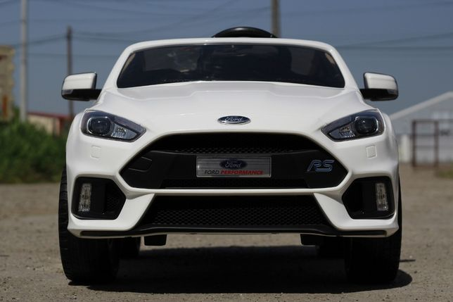Masinuta electrica pentru copii Ford Focus RS 12V Cu roti MOI #Alb