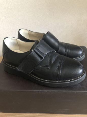 Туфли/ ботинки  на мальчика