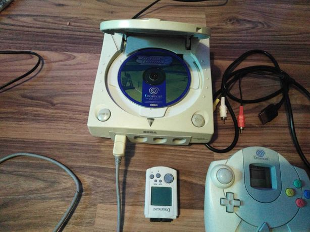 Vând Sega Dreamcast