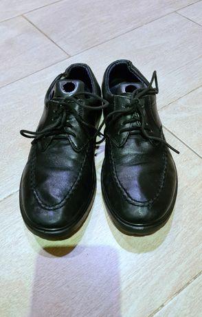 Туфли кожаные и мокасины