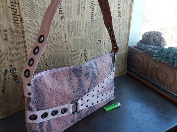 Розова дамска чанта-естествена кожа