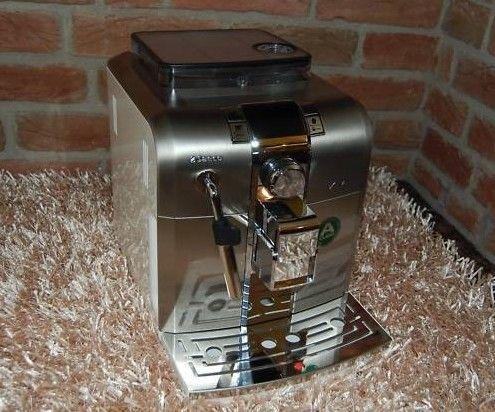Кафе машина Saeco Syntia