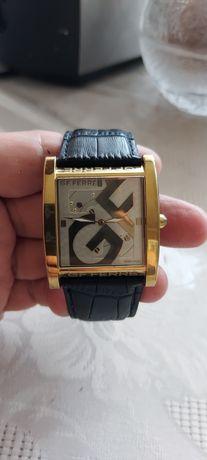 Продам стильные часы.Швейцария.