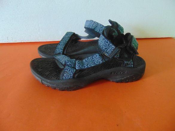 Teva номер 40 Оригинални мъжки сандали