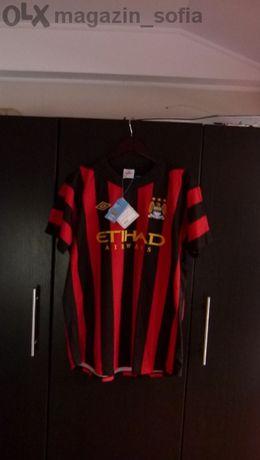 Продавам футболна тениска на Манчестер Сити Umbro