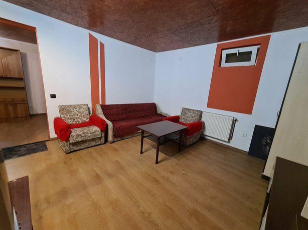 Apartament 2 camere la casă