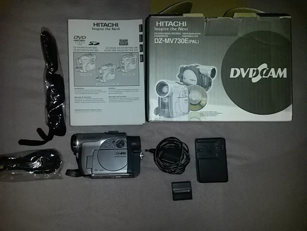 camera video hitachi model dz - mv 730 impecabila + 20 minidiscuri