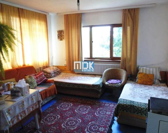 Нова къща с двор с. Черничево - до Хисаря
