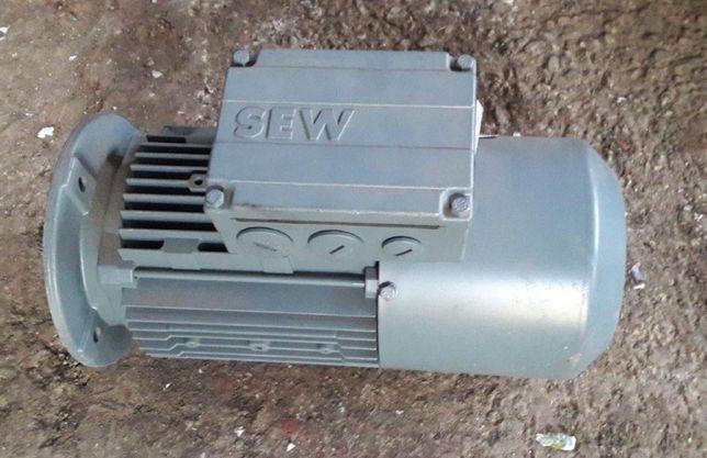 Motor electric trifazat kW 0,55 - 0,62 - 1,1 - 5,5 - 9 - 15 - 22kW