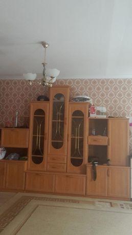 Продам срочно  шкаф горка в зал 35,000 тыс тенге