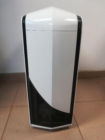 Carcasa Gaming NZXT Phantom 240 White.
