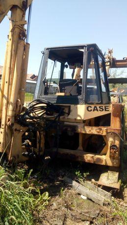 Buldoexcavator Case 580 F