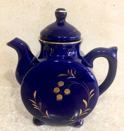 Продам чайник (СССР 60-70 годы). Гжель, кобальт, золотая роспись.
