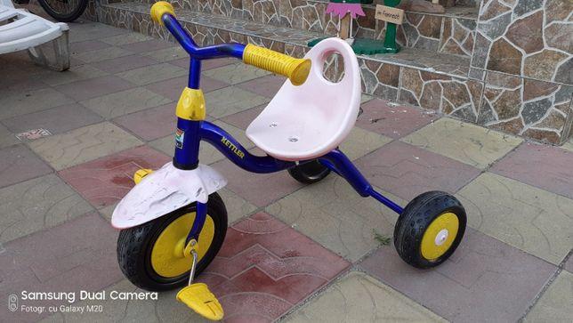 vand tricicleta de copii KETTLER super frumoasa si de calitate germana