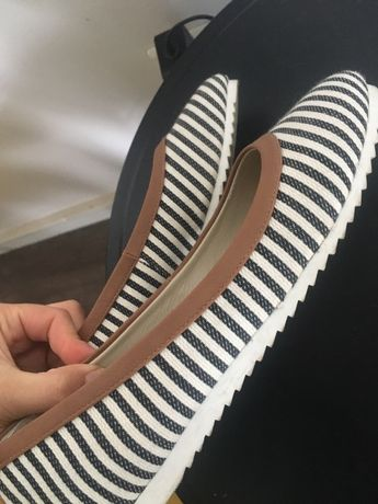 Обувки Pier One