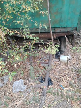 Тракторная телега с будкой от хлебовозки