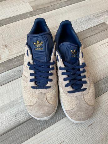 Adidasi  firma Adidas