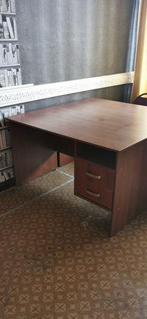 Рабочий стол, отличное состояние