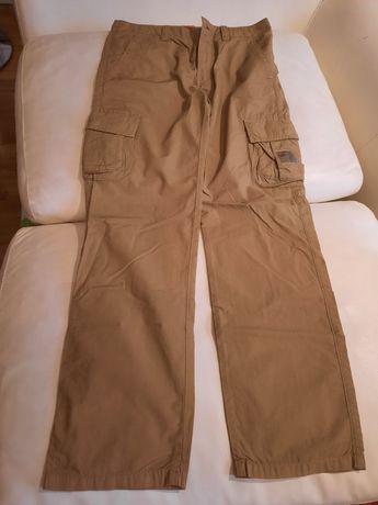 Vand pantaloni lungi NAPAPIJRI