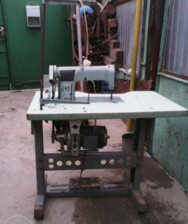 Швейная машинка производственная