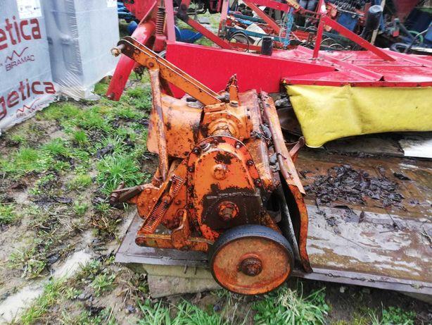 freza pamant tractor