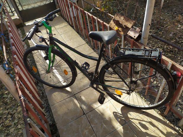 "Biciclete 28 "" trekking"