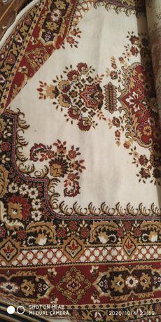 Продам ковёр 230*330 (жаккардовый двухполотный)