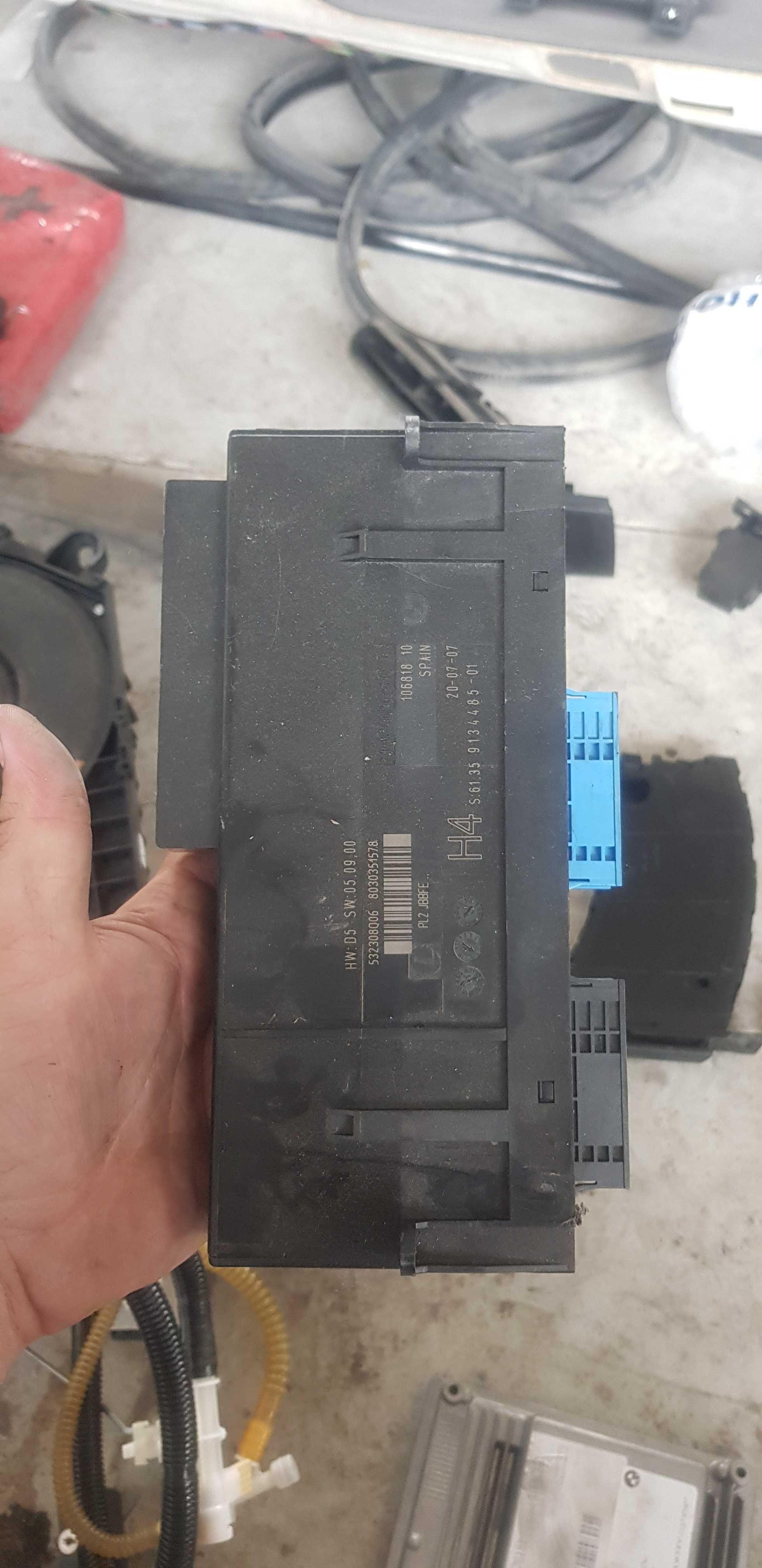 Комфорт модул - /БМВ/BMW/-/е90/е91/е92/е93/ 320i 150кс. N46B