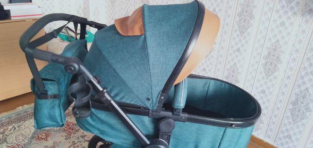 Срочно продам коляску трансформер в отличном состоянии