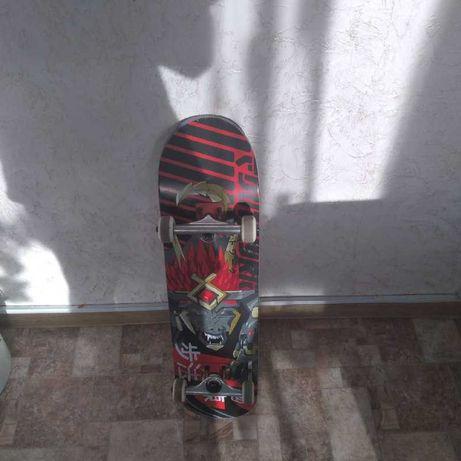 Продам скейтборд Footwork Wolf Beast