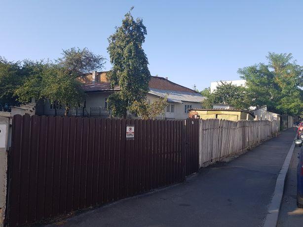 Casa CENTRU Husi