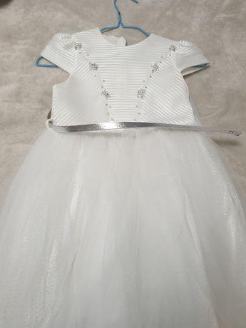 Продам детское шикарное платье