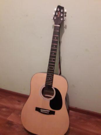 СРОЧНО! Продам акустическую гитару!