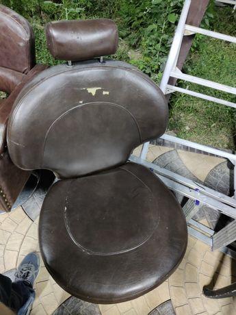Продам парикмахерские кресло и касса