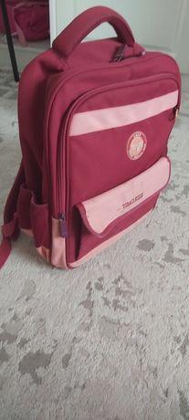 Продам детский портфель