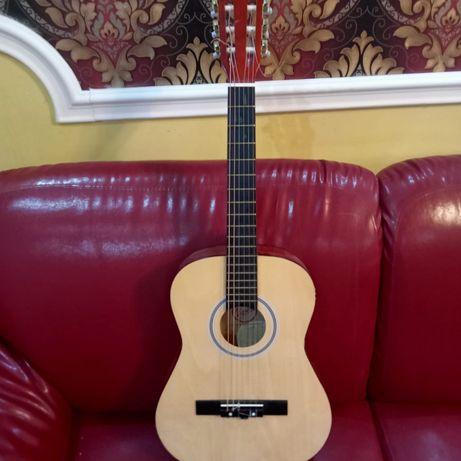 Продается гитара за 19 тыс тг
