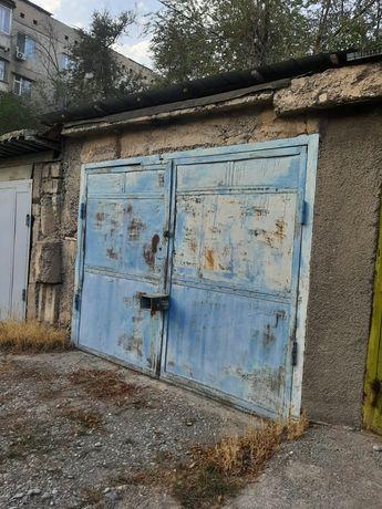 Продам капитальный гараж на Янги-Шахаре